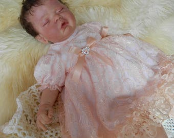 Reborn/Baby 0-3 months stunning frilly Dress with peach bows and diamonte hearts lots of lace dolls clothes baby home coming outfit