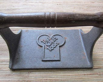 Cast Iron Bacon Press Wood Handle/ Kitchen Utensil/ Vintage Kitchen Ware/ Farmhouse Kitchen/ The Chef's Tools/ Gift For Her/
