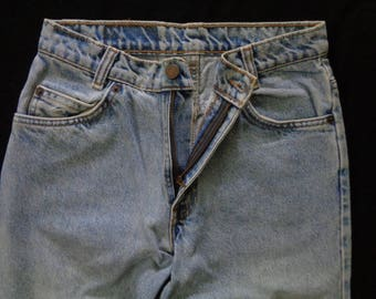 Vintage 550 28x32 Levis jeans zipper faded blue