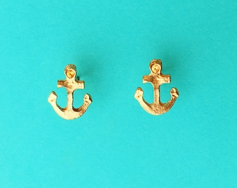 "Fun in the Sun Collection ""Dainty Anchor"" Distressed Gold Anchor Earrings small"
