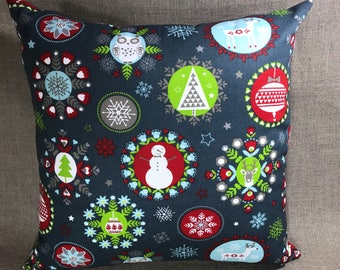 Holiday Folks Pillow Case