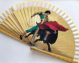 Beautiful Vintage Spanish Hand Fan - FREE shipping