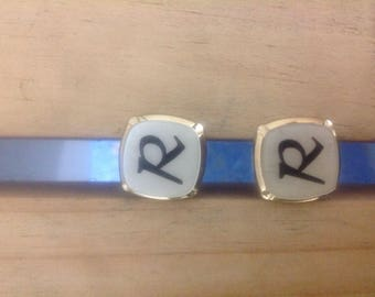 Cufflinks with letter R. Alphabetised cufflinks, R cufflinks, cufflinks are R.