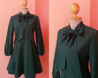 70s Dress Boho Dress Hippie Dress Summer Dress Sun Dress Street Style Vintage 1970s Green Polyester Dress Long Sleeve Bow Tie Mini S Small