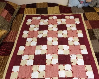 Red Heart Themed Patchwork Quilt