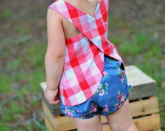 Country Girl Toddler Girl Bloomers/Diaper Cover~Shorties~Floral Shorts~Bummies~ Shorts~Girls Matching~Matching~Sizes 2T - 4T~Ready to Ship