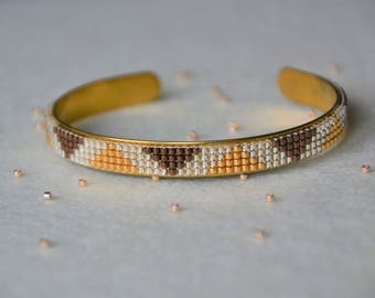 Woven Bangle Bracelet: Red and gold