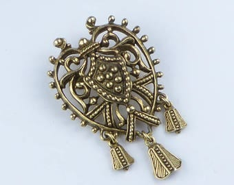 Jewelcraft goldtone brooch - Lovely condition