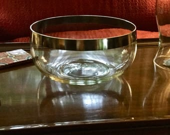 "Dorothy Thorpe 9"" Salad Bowl in Silver Band"