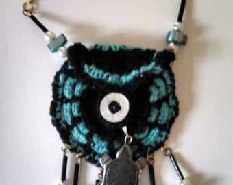 Charm pouch, necklace, pocket, decorative, beaded necklace, crocheted necklace,