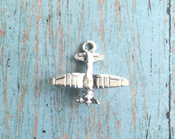 Airplane charm 3D silver plated pewter (1 piece) - piper cub charm, silver airplane pendant, aviation charms, crop duster charm, W12