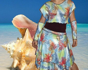 "EnsembleTop short tank top, sleeves and skirt ""Shells""..."