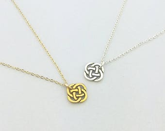 Celtic Knot Necklace, Silver Celtic Jewelry, Irish Jewelry, Minimalist Jewelry, Gift For Her, Gift For Mom, Minimalist Necklace, CKD