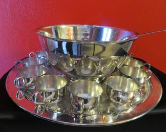 Stunning and Gorgeous Vintage Oneida Silver Punch Bowl Set 15 Pc.