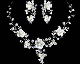 14b Dazzling Bridal Ivory White Pearl Crystal Porcelain Flower Necklace Set with Clip Earrings