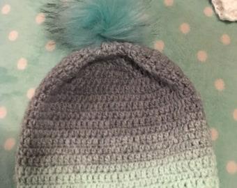 Crochet faux fur pompom hat