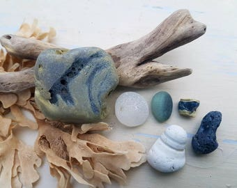 SEAHAM DRAGON'S EGG ~ Slag Glass Pebbles ~ Worn Ceramic Stopper ~ Sea Glass Collection
