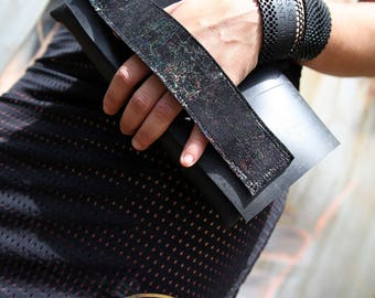 Bag inner tube and leather (recycled). Upcycling, eco design.