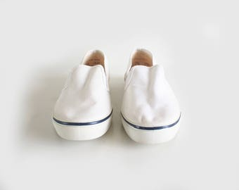 SALE vintage white canvas loafers