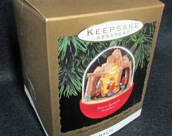 Hallmark Ornament.  Road Runner and Wile E. Coyote.  Mint Condition, never used or displayed, in the box  1672a