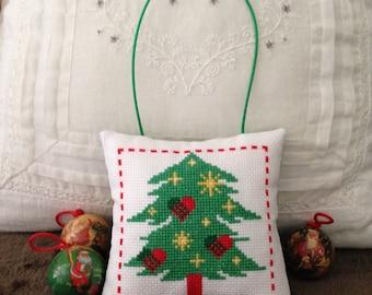 "Door cushion 13 x 13 cm embroidered ""Christmas tree Decor"" cross stitch to hang on door handle"