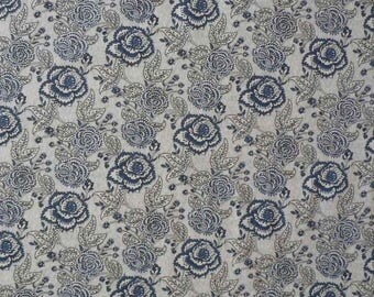 Cotton with large blue flowers/Arabesque
