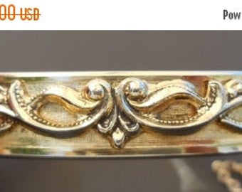 20% OFF SALE Vintage Whiting and Davis Repousse Gold Tone Hinged Bangle Bracelet