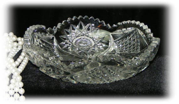 Beautiful Vintage  Crystal Round Shallow Dish