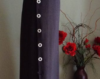 Grey / black maxi skirt with slit, elasticized waist; Straight, Pull-on style long skirt L-XL