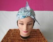 Foulard, turban chimio, bandeau pirate au féminin aux motifs turquoise