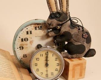 Primitive little rabbit Textile animal Folk Art Decoration wall Easter Banny Hanging Decor Primitive Doll