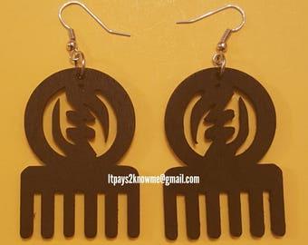 Adinkra symbol GYE NYAME on comb African American black woman wood earrings