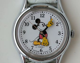 Vintage Disney Lorus Mickey Mouse Watch