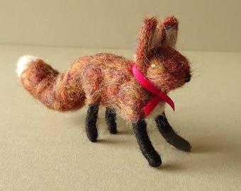 Needle Felted Christmas Fox | Stocking Stuffer Fox Ornament | Needle Felt Animal Handmade Fox | Rustic Woodland Fox Decor | Fox Decoration