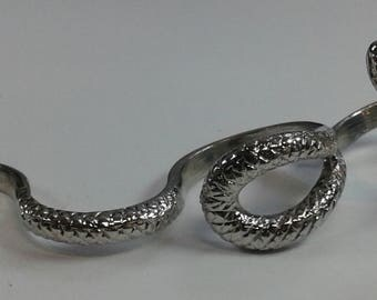 Silver Goth Punk Snake Knuckle Ring