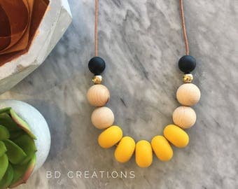 The Bonnie Adult Necklace | Mustard & Black