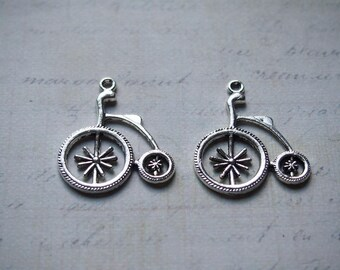 Large antique silver-plated 31x27mm bicycle charm