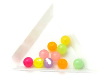 10 multicolored round beads and glow in the dark 8mm