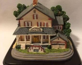 Huntington Country Store Figurine