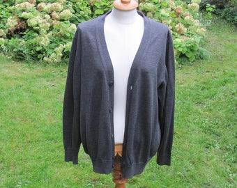 Vintage Knitwear; Dark Gray Men's Cardigan; Long Sleeve V-neck Classic Knitwear Size M/L; Merino Wool Cardigan; Gray Cardigan