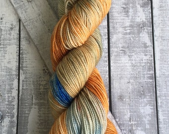 Hand Dyed Yarn,Mrs Who from A Wrinkle in Time,Variegated Indie Dyed Yarn,Indie Dyers,Fingering Weight,Merino wool,100 gram,Toad Hollow yarns
