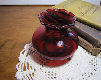 Small Red Glass Vase - Fluted Edge