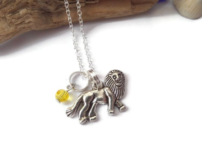 Lion necklace, Lion gift, love lions, lion jewellery, animal jewelry, lion favors, zoo party favours, lion king gift, narnia favors gift