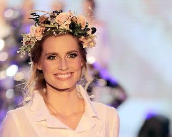 Boho hair wreath  Woodland hair wreath Hair wreath with roses and berries Summer hair wreath Wedding hair accessories