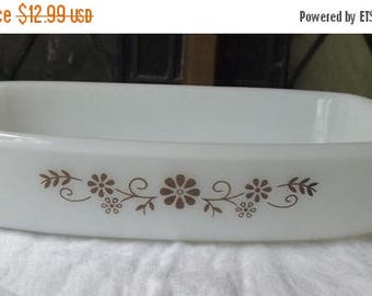 35% off Sale Vintage Dynaware Pyr-O-Rey Brown Daisy Casserole Dish Mid '60's