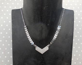 chevron silver chain spike necklace