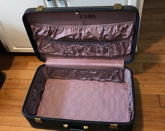 Vintage Suitcase Lady Baltimore Lavender clean inside Collectible display storage travel Mid Century blue exterior brass trim