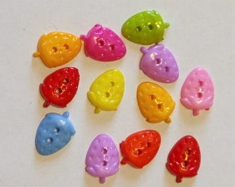 10 Strawberry Button- Fruit Buttons - Sewing Buttons - Buttons - #R-00112