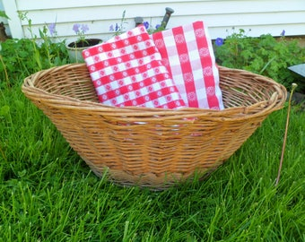 Vintage Wicker Laundry Basket Great for Displaying your Tablecloths!