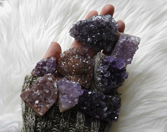 Amethyst Cluster Geode Crystal // Healing // Metaphysical // Meditation // Chakra // Reiki // Altar // Rocks // Gemstones // Zen // Crystals